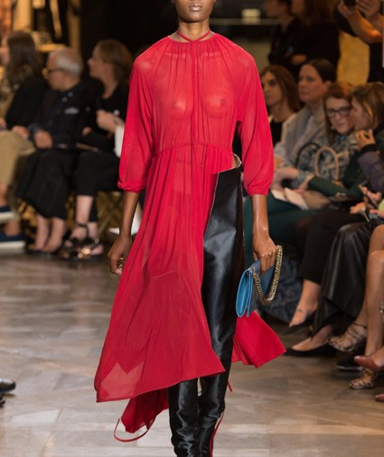 Vetements Spring 2017 Ready-To-Wear