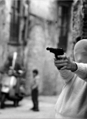 Vicino la Chiesa di Santa Chiara. Il gioco del killer