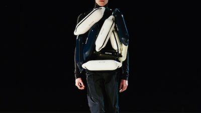 Botter FW 21 'Romancing the coral reef'