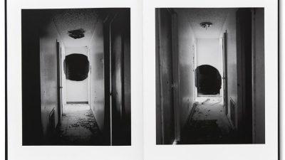 Terminus / John Divola